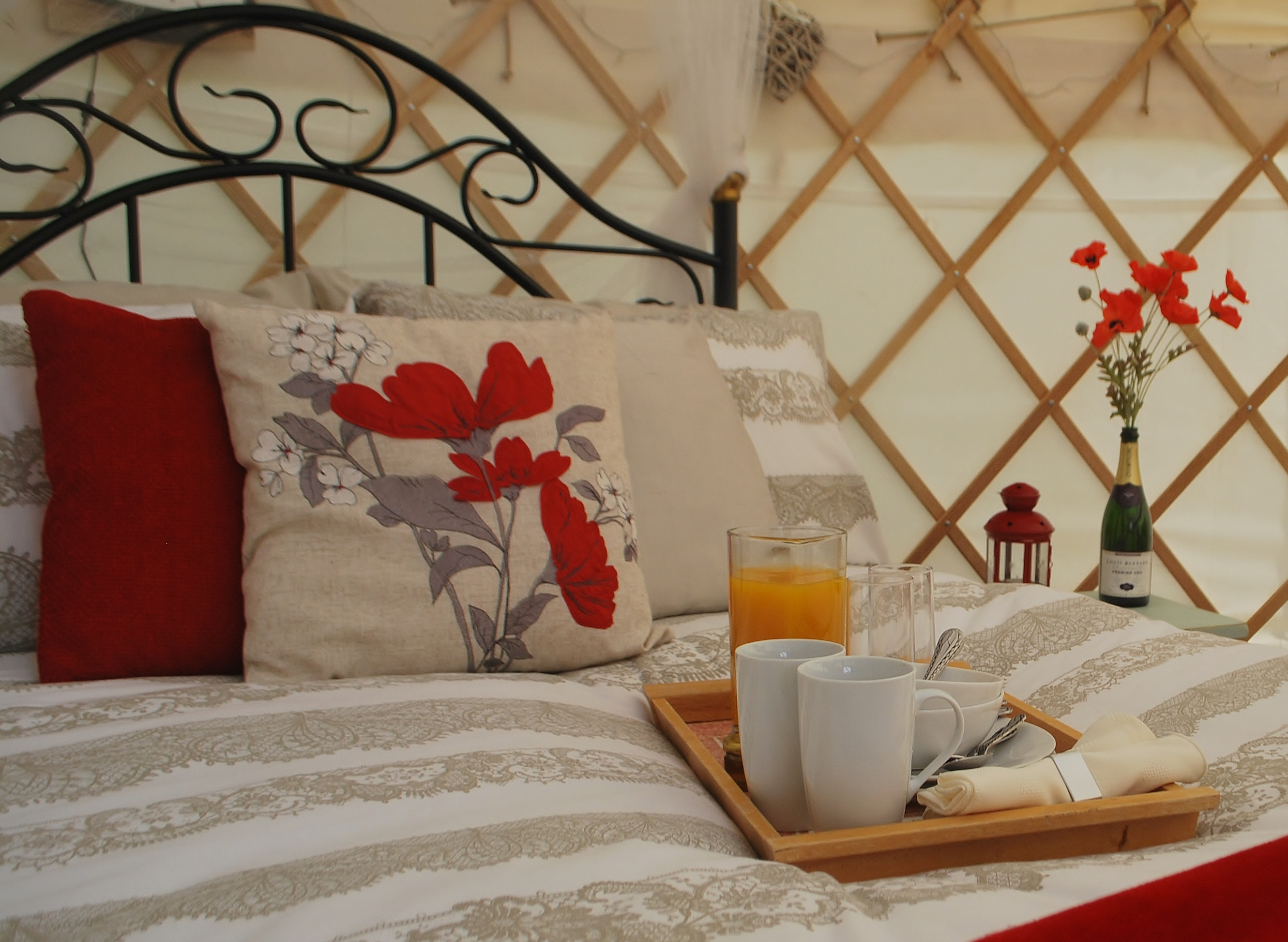 Acorn Glade: Poppy Yurt Interior